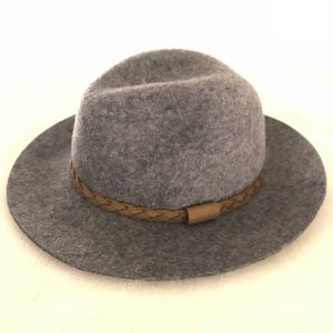 Urban Outfitters Accessories - UO Panama Hat